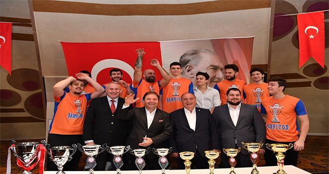 Maltepe Amatör Spor Kulüpleri'nden Başkan Ali Kılıç'a teşekkür