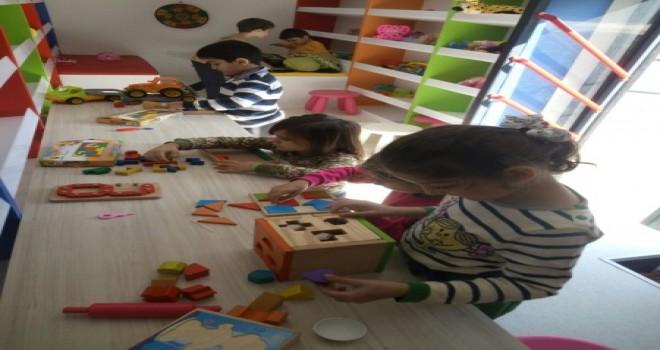 Beykozlu Çocuklar İçin Oyuncak Otobüsü Hizmette