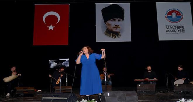 Tulum sanatçısı Filiz İlkay'dan unutulmaz konser