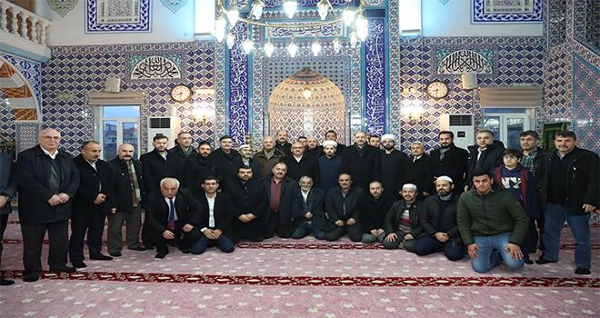 Başkan Hasan Can, Sabah Namazı Buluşmalarında İmam-ı Şafii Camii Cemaatiyle Bir Araya Geldi