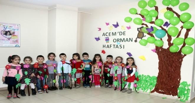 """Tuzla Belediyesi Anne Çocuk Eğitim Merkezi, """"İki Fidanı Birlikte Büyütelim"""" Etkinliği Düzenledi"""