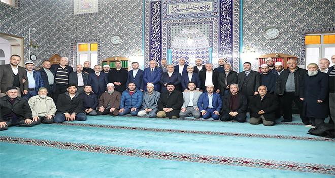 Başkan Hasan Can Sabah Namazı Buluşmalarında Çakmak Merkez Camii Cemaatiyle Bir Araya Geldi