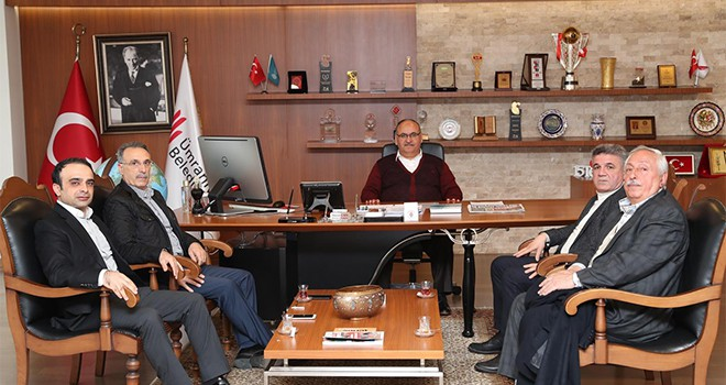 Bingöl Kültür ve Dayanışma Vakfı Başkanı Mahmut Varol Başkan Hasan Can'ı Ziyaret Etti