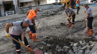 Kartal Belediyesi Sel Bölgesinde Yaralara Merhem Oluyor