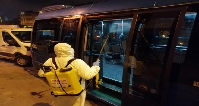 Ataşehir Belediyesi, Ataşehirlilere Hizmet Veren Minibüs Hatlarını Corona Virüsüne Karşı İlaçladı