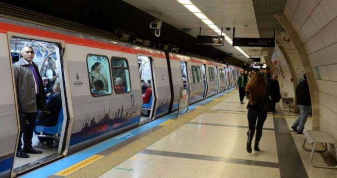 İstanbul'da metro seferleri 21.00 kadar yapılacak
